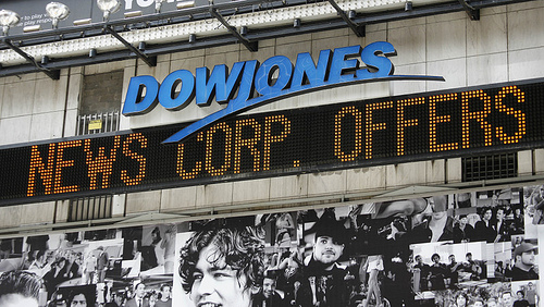 APTOPIX NEWS CORP DOW JONES par leasing2008